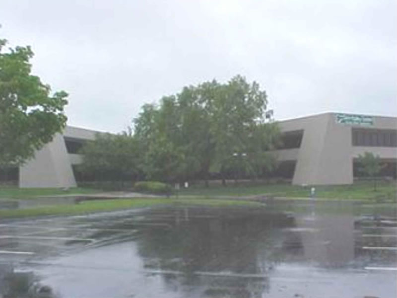 The thumbnail of the MedVet Columbus Building photograph.